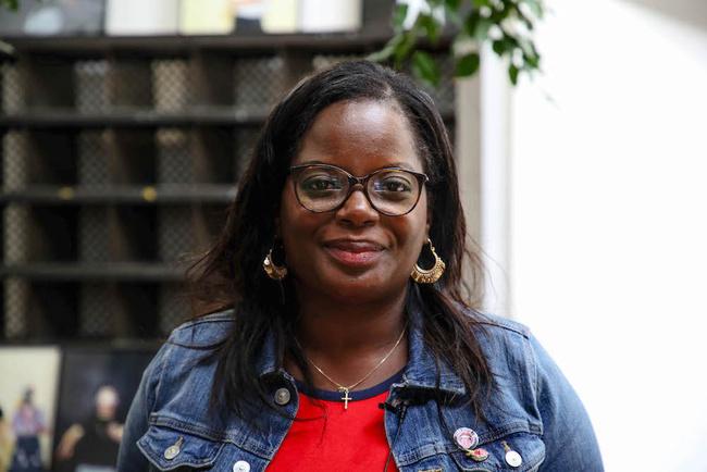 Rencontrez Agnès, Adjointe Directeur Administratif et Financier